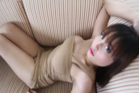 Ayumi Is A nice-looking ladyboy Showing Her Body