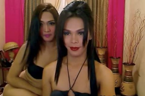 Filipina tranny Sucks weenie And acquires butthole