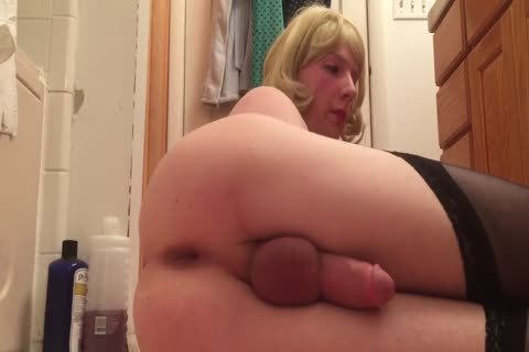 Sissy skank Amiee Trains whilst Daddy Is At Work