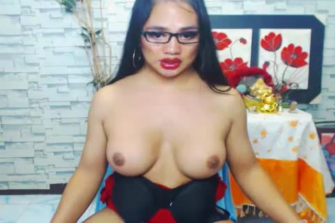 yummy American sheboy Jerks Her big dong In Solo