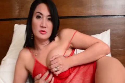 chubby Pi Ladyboy cum On Belly