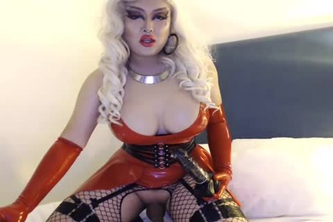 asian Drag Queen Jerks And Plays With dildo