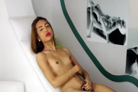Skinny Super lovely Filipina Ladyboy jerk off And sperm On Her Belly