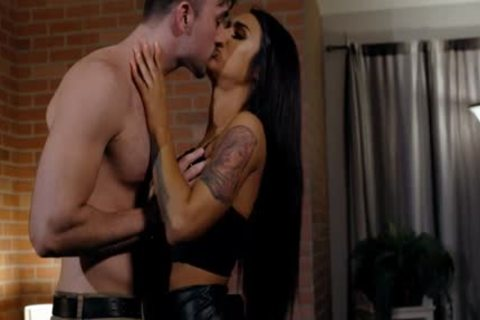 Smalltits And Tanned ladyman Khloe Kay Gives Client A admirable wazoo slam
