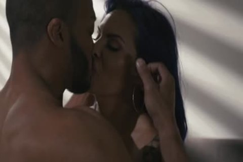 busty Tattooed Ts Foxxy Sneaks And nails black man Dillon Diaz Bbc