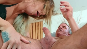 TransAngels.com: Big boobs & muscle Casey Kisses doggy sex
