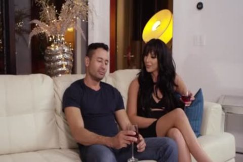 TBabe Chanel Santini lastly acquires A Chance To acquire plow By chap